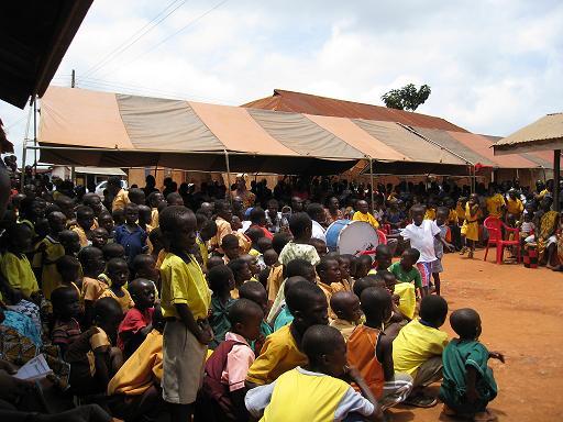 20081006_가나 나이메니 지역 환영 행사.JPG
